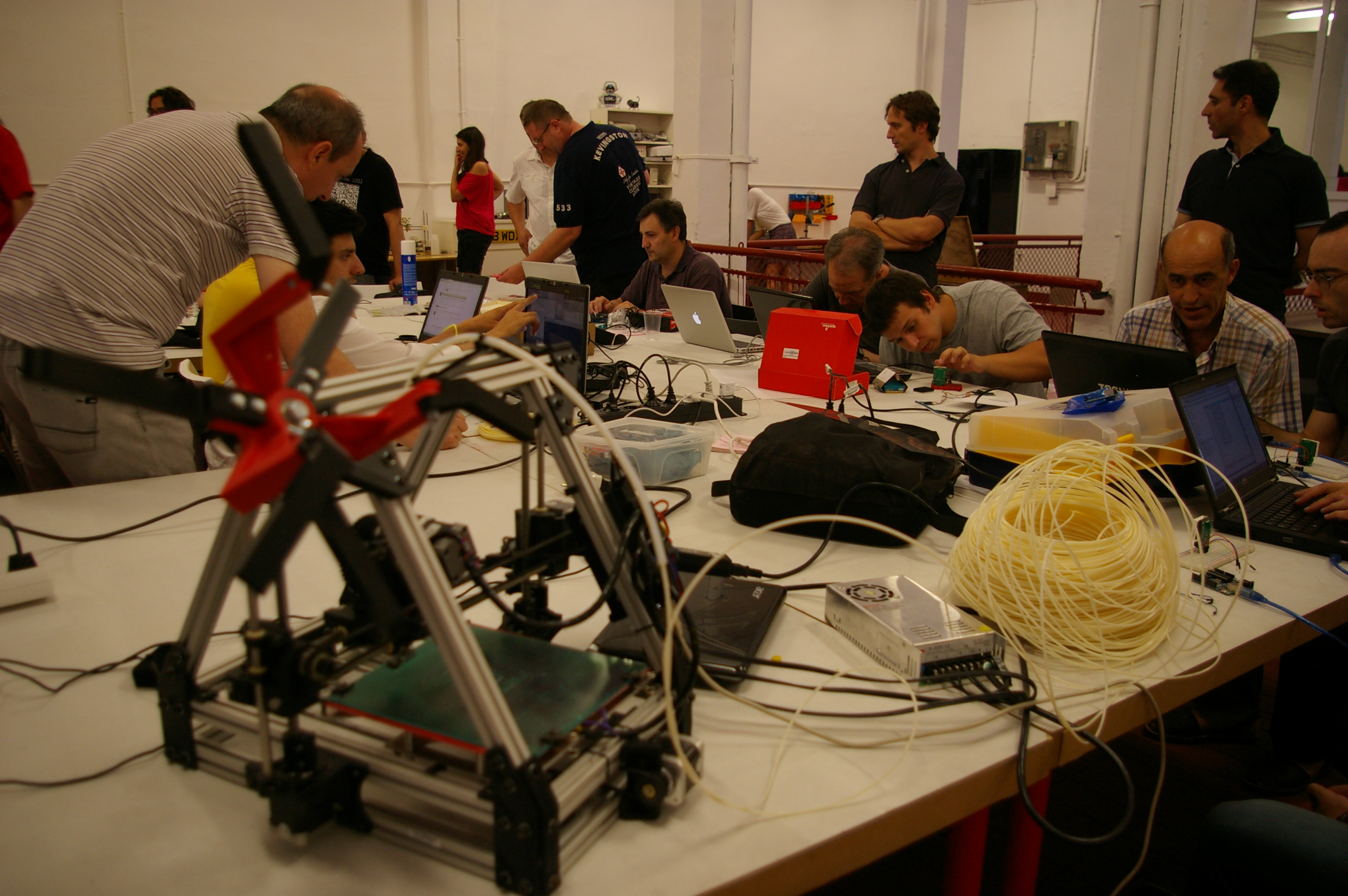 Makespace Madrid en agosto